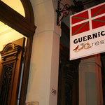 Guernica Restaurante Fachada Principal