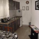 La cucina ben pulita e funzionale