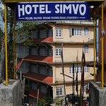 Hotel Simvo Entrance