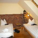 die Betten im Ferienzimmer im Hotel