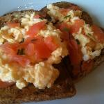 Scrambled egg with smoked salmon on granary