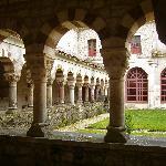 Claustro,Monasterio S.Pedro