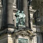 Figurengruppe in der Westfassade