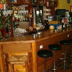 bar resreve aux clients de l'hotel