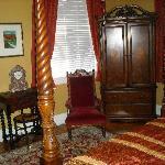 The Queen Victoria Suite