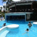"Bar piscina ""el Remojon"""