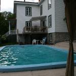 Le Petit Manoir - la piscina 1
