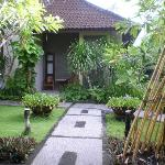 Path from restaurant to villa rooms