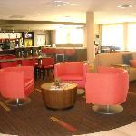 Lobby/Coffee Bar/Breakfast Area
