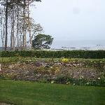 elegant views of the garden, beach and north sea!