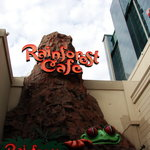 The entrance to the Rainforest Cafe.