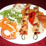 Tavuk chich (brochettes de poulet)