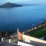 La ría y la isla de Tambo desde la ventana del Stella Maris.