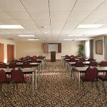 Host your next business meeting at the Holiday Inn Express Walterboro!