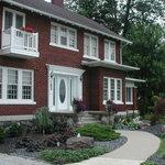 Garden Manor in Southern Ontario