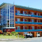 Kingsford Riverside Inn