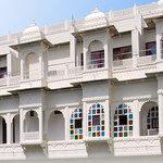 Hotel Mahendra Foto