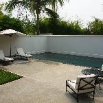 Khan Suite Pool