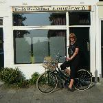 Loogiesch Bed & Breakfast.  On the Bike