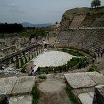 Efes Antik Kenti Tiyatrosu