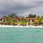 Charela Inn vom Meer aus