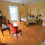 Amber Room - Happy & Fun room with italian marble fireplace, flat screen TV, en-suite bathroom,