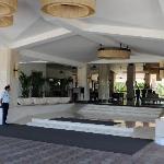 Entrance to the Holiday Inn, Goa.
