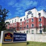BEST WESTERN PREMIER Crown Chase Inn & Suites, Denton, Texas