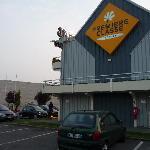 Photo de Premiere Classe Lille Ouest-Lomme