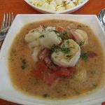 Ceviche de pescado y camarones