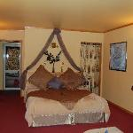 Another suite at Bushland Park Lodge