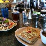 Фотография Blue Onion Cafe