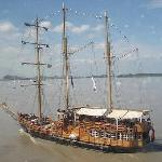 Pirate's Ship take recreates Guayaquil back on the 1800's beautiful trip, to the Historic Park,