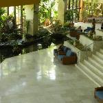 El Lobby planta baja...