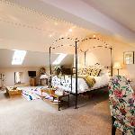 Peasland suite