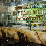 Raffaella Bar & Lounge