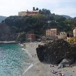 View of the hotel from the path to Vernazza
