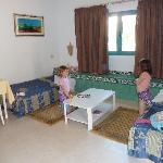 2ème grande chambre 2 lits simples