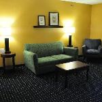 Sitting area in the Quail Springs Springhill Suites