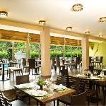 Boyoma Falls restaurant