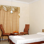 Chennai Gate Hotel