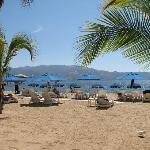 plage propre avec service de bar de la place pour tout le monde