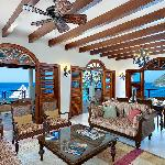 Living rooms to Villa Suites