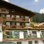 Photo of Hotel Cesa Tyrol
