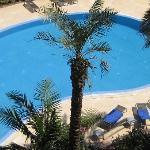 zwembad met mooie terras & buiten douche