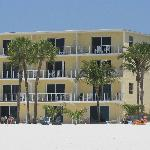 the beachfront rooms