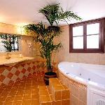 amaryllis_villa_bathroom