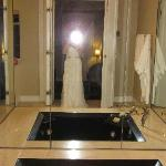 Jetted tub with mirrors
