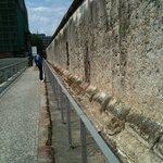 the wall...quello che resta ...