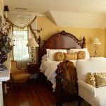 beautiful azaela room